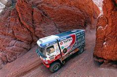 Dakar Loprais prohrál boj o Tatru. A Peugeot se vrací Peugeot, Cars And Motorcycles, 4x4, Survival, Racing, Military, Trucks, Vehicles, Porsche