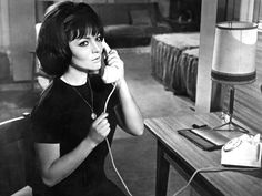 0 Sara Montiel on the phone in La dama de Beirut (1965)