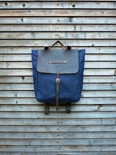 Waxed canvas rucksack/backpack with waxed leather shoulderstrap