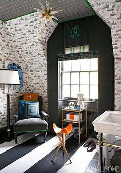 Dressing room by Lisa Mende and Traci Zeller