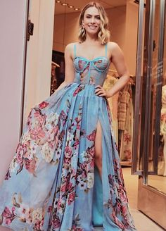Moda Vestidos Cortos Elegantes Ideas For 2019 Dresses Elegant, Pretty Dresses, Beautiful Dresses, White Homecoming Dresses, Prom Dresses, Formal Dresses, Dress Prom, Mode Outfits, Mode Style