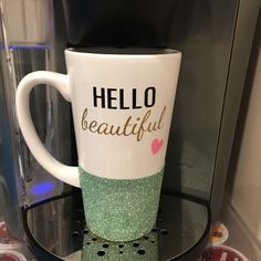 Love how Tyra swapped out our •HELLO beautiful• design from our short coffee mug to our tall latte mug. Hello beautiful!