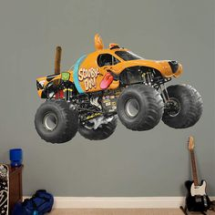 Make a statement with this Scooby-Doo Monster Truck Fathead on your walls! Find it here: http://bit.ly/1gOLB6C #ScoobyDoo #Scooby #MonsterJam #FatHead