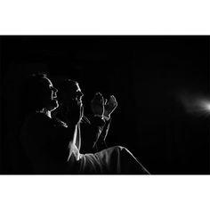 #Clap your hands, say #yeah !⠀ ⠀ #elapoppies #couple #weddingday #weddingphotographer #bridetobe2018 #mariage2017 #bw #bw_lover #chasinglight #frenchphotographer #wildlove #withlove #belovedstories #couplegoals #havingfun #instawedding #chateaugrattequina #bordeaux #bordeauxmaville #fearlessphotographers