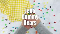 Homemade Gummy Bears - 3 Ingredient JELLO Gummy Bear Recipe Making Gummy Bears, Homemade Gummy Bears, Homemade Gummies, Homemade Candies, Jello Gummy Bears, Best Gummy Bears, Jello Recipes, Candy Recipes, Bear Recipe