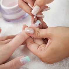4 Day Acrylic or Gel Nails Training Course with the legendary International Nail Judge - Jacqueline O'Sullivan