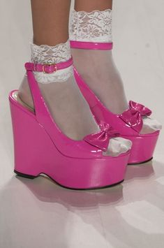 Pink Fashion, Fashion Outfits, Womens Fashion, 00s Fashion, Fashion Ideas, Fashion Shoes, Fashion Trends, Malibu Barbie, Swag Outfits
