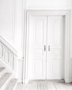 Decorating Your Home in Shades of White White Feed, All White, Pure White, White Light, White Stuff, Aesthetic Colors, White Aesthetic, Design Set, Blanco White