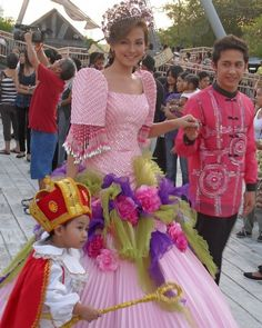 Taking Part in the Culture and Festivals in Tagaytay #Philippines