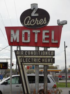 2 Acres Motel neon sign | Flickr - Photo Sharing!