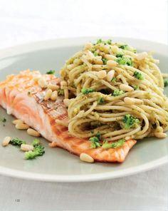 New pasta pesto gezond ideas Easy Pasta Recipes, Fish Recipes, Dinner Recipes, Punch Recipes, Pesto Pasta, Broccoli Pesto, Healthy Diners, Healthy Cooking, Healthy Recipes