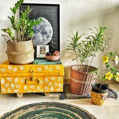 Diy Home Decor Projects, Home Decor Furniture, Diy Room Decor, Home Crafts, Living Room Decor, Bedroom Decor, India Home Decor, Ethnic Home Decor, Quirky Home Decor