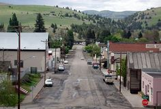 These Are The 10 Most Beautiful, Charming Small Towns In Oregon