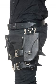 http://www.makelifearitual.com/index.php/accessories/carrying-utilities/loki-holster.html
