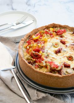 Quiches, Hawaiian Pizza, Lchf, Vegetable Pizza, Foodies, Vegetarian Recipes, Pie, Oliver, Cooking