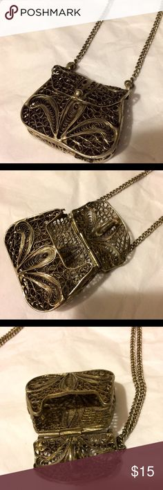 Necklace Vintage antique silver purse necklace that opens up and closes VERY SECURELY-you can actually put stuff inside;)one a long chain Jewelry Necklaces