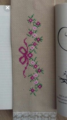Cross Stitch Geometric, Tiny Cross Stitch, Xmas Cross Stitch, Butterfly Cross Stitch, Cross Stitch Needles, Cross Stitch Heart, Cross Stitch Borders, Simple Cross Stitch, Cross Stitch Flowers