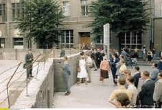 Construction of the wall. Scene from the first days of the building of the Berlin Wall. District Berlin - Kreuzberg/Mitte: View of the intersection Lindenstrasse / Zimmerstrasse - August 1961