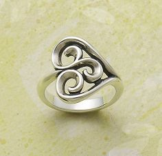 Swirl Heart Ring