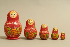 "5 Piece ""Vyatskaya Matryoshka"" number 03702 - 104"