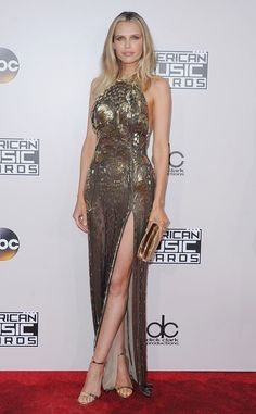 Sara Foster from 2016 AMAs Red Carpet Arrivals  In J. Mendel