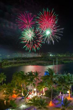 Christmas-coloured fireworks in Cayman!