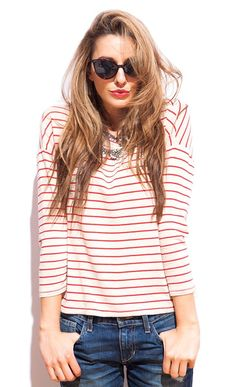 stripes, cat eyes, statement necklace, jeans