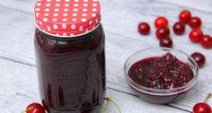 Meggylekvár recept | APRÓSÉF.HU - receptek képekkel Hot Sauce Bottles, Pickles, Mason Jars, Pudding, Fruit, Vegetables, Desserts, Food, Tailgate Desserts