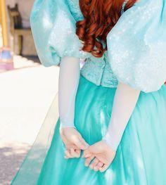 Disney Character Costume ariel the little mermaid Disney Characters Costumes, Disney Films, Disney Parks, Disney Pixar, Walt Disney, Disneyland Princess, Disney Princess Ariel, Princesa Disney, Disney Princesses