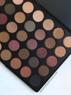 Review of Morphe 35F Eyeshadow Palette // Fall Into Frost // Makeup // Find swatches on my blog