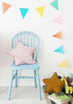 Garland, blue chair, pink star cushion kids