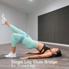 Band Workout🍑 🍑 Amazing Booty Band workout for women at home. 📷 IG Amazing Booty Band workout for women at home. Gym Workout Videos, Band Workouts, Gym Workout Tips, Fitness Workout For Women, Sport Fitness, Body Fitness, Butt Workout, Workout Challenge, Exercises With Bands