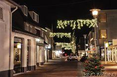 Een decemberavond in de Burchtstraat in Wijchen.