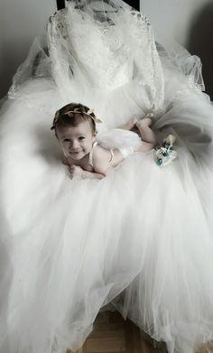 Mein leiblich kind Girls Dresses, Flower Girl Dresses, Wedding Dresses, Flowers, Fashion, Dress, Dresses Of Girls, Bride Dresses, Moda