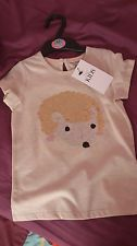M&S beige girls t-shirts with hedgehog sequin detail,4-5 years,new