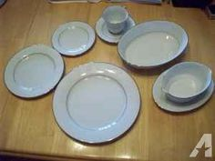 Fine china dinner set - $100 (las vegas)