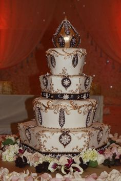 Indian wedding cake. OH MY GOODNESS. WOW. BEAUTIFUL!!!!!!  KC.