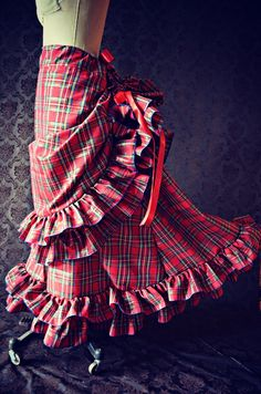 Victorian Steampunk Bustle Skirt  Ready to Ship  by WaterlilyWorks, $149.00  (is it wrong that i kind of want this???)