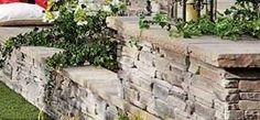 Muret Esplanade® Tandem Le muret Esplanade Tandem est le plus récent ajout à la plateforme Tandem. Son « look » de pierres minces et empilées est en parfaite harmonie avec les différents éléments de maçonnerie offerts par Permacon. Il permet de construire des murets de soutènement, des murets doubles-faces ou des colonnes et se décline dans une gamme de couleurs rayonnantes. Les unités du muret sont disponibles dans les 3 couleurs dites NUANCÉ.