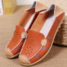 96d38525eea Women Leisure Shoes Breathable Hollow Out Flats Soft Sole Loafers Flower  Printing Loafers Loafer Shoes