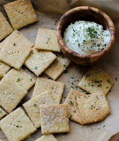 Nooch Crackers aka cheeseless cheese crackers | Bob's Red Mill gluten free, dairy free, paleo friendly, vegan