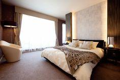 寝室 Luxury Rooms, Luxury Interior, Interior Design, Bedroom Pictures, First Apartment, Apartment Interior, Beautiful Bedrooms, Cupboards, Master Bedroom