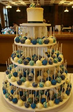 19 Mouth-watering Wedding Cake Alternatives to Consider - Baby / Hochzeit - Wedding Cakes Wedding Desserts, Wedding Decorations, Wedding Cake Pops, Wedding Cakes With Cupcakes, Homemade Wedding Cakes, Unique Wedding Cake Toppers, Wedding Cake Cookies, Wedding Cake Alternatives, Alternative To Wedding Cake