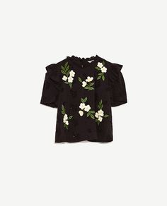 Image 8 of TOP WITH EMBROIDERED DASIES from Zara
