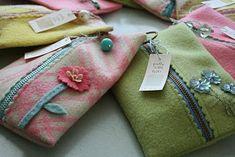 Free Felt Patterns and Tutorials: Free Tutorial > Zippered Wool Felt Purse/Pouch
