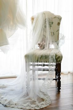 Pretty lacy veil #wedding #bride #veil #lace