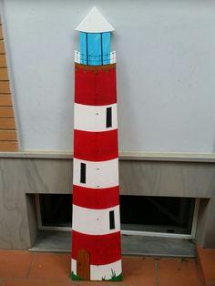 Faro per misurazione altezza bambini.  By Annalisa Tombesi