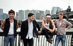 For Mumford & Sons, the Road Is Like Home - NYTimes.com