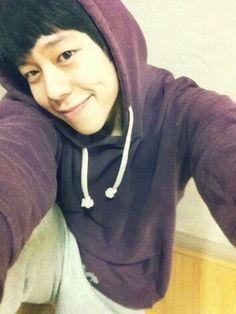Wake up Taewoonnie!!
