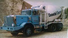 Autocar Ready Mixed Concrete, Mix Concrete, Concrete Mixers, Heavy Duty Trucks, Heavy Truck, Cement Mixer Truck, Vintage Trucks, Classic Trucks, Heavy Equipment